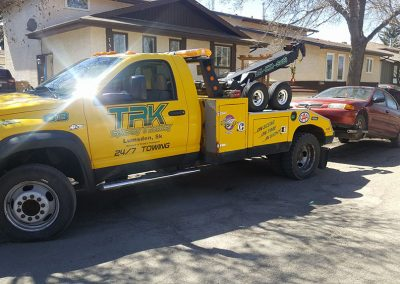 TRK Towing a car